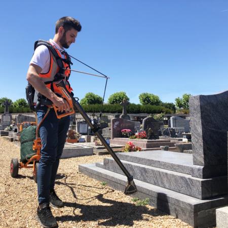 desherbage cimetière